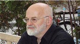 Pratchett Announces He Has Alzheimer's