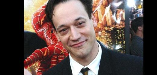 "Slice of SciFi #254: Interview with Ted Raimi (""Legend of the Seeker"")"