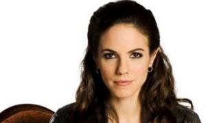 "SyFy Picks Up ""Lost Girl"""