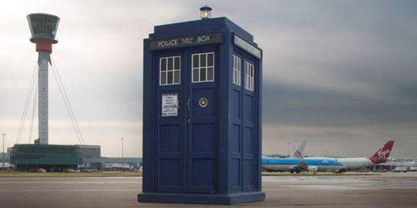 Heathrow Travelers Treated to Doctor Who Experiences