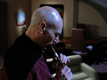 Picard_playing_Ressikan_Flute