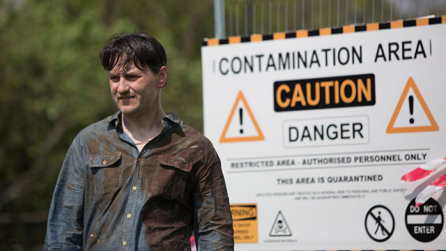 Containment (UK 2015)